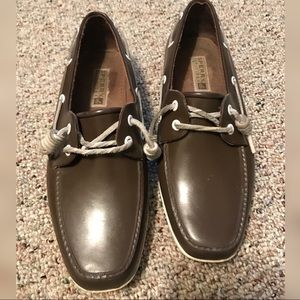Womens SPERRY shoes size 7 brown water resistant